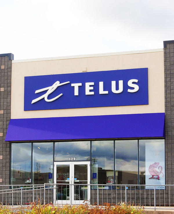 TELUS Dividend Stock Analysis: Good, But I Prefer Rogers Communications